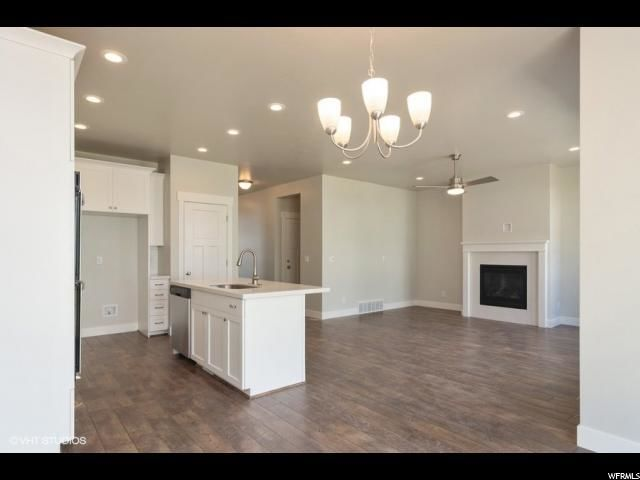 Pleasant 4 Bedroom Houses For Sale In Layton Ut 84040 Homes Com Download Free Architecture Designs Grimeyleaguecom