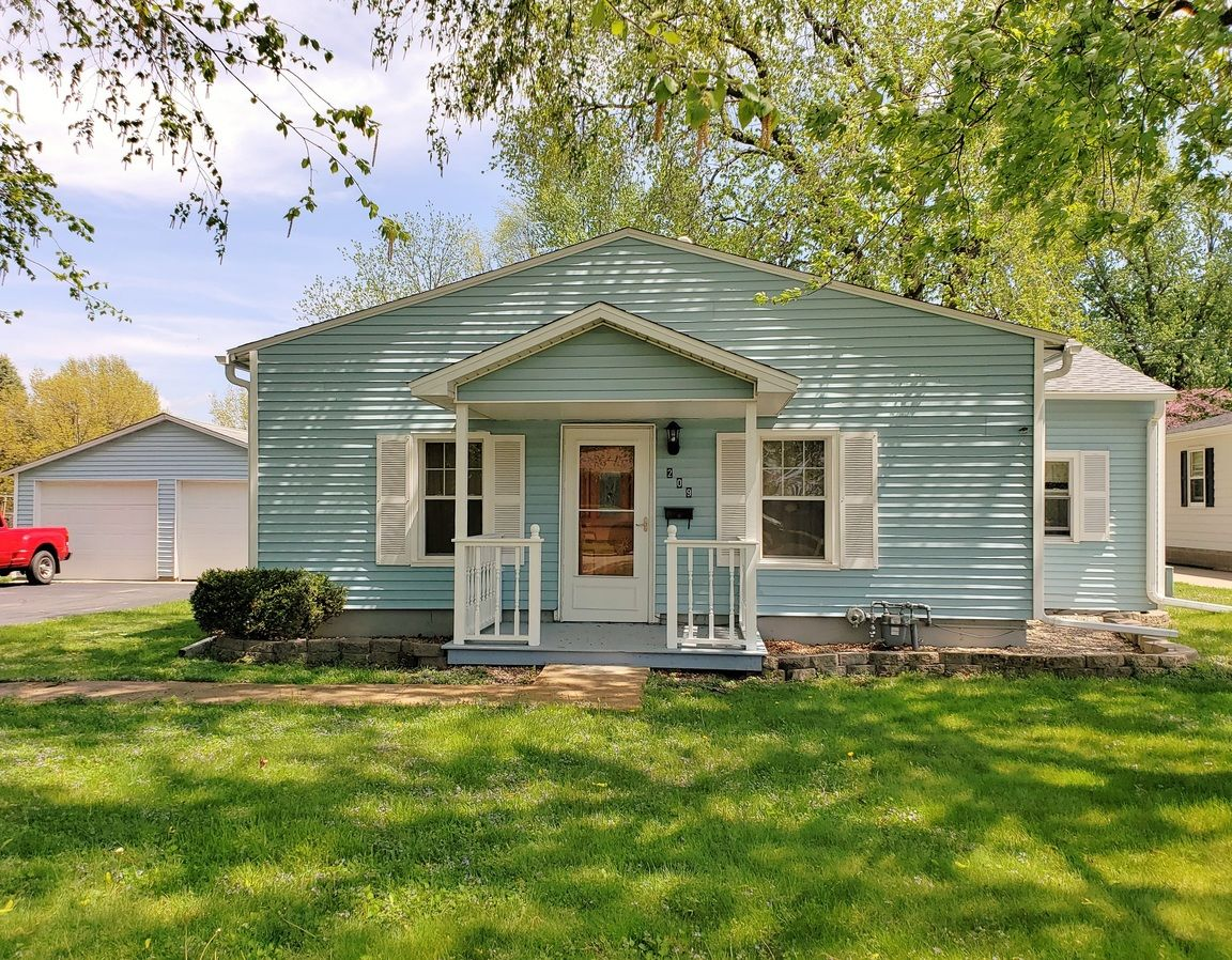 209 HAWKINSON AVE Galesburg IL 61401 id-665708 homes for sale