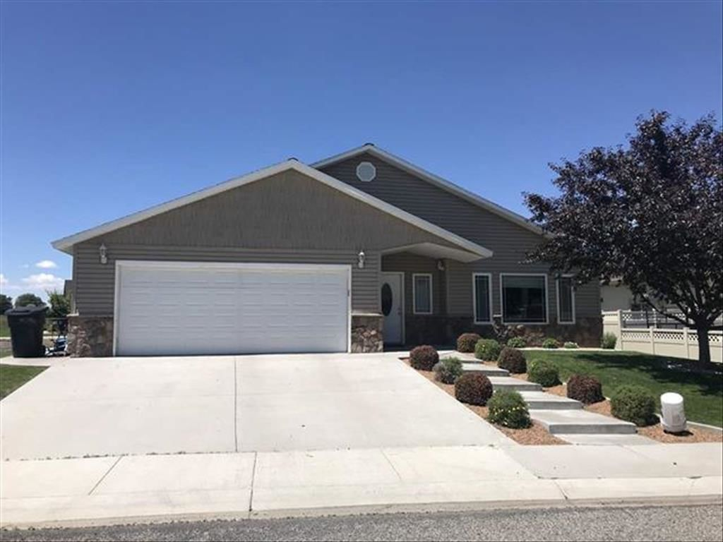 1525 GARNET DR Gooding ID 83330 id-664608 homes for sale