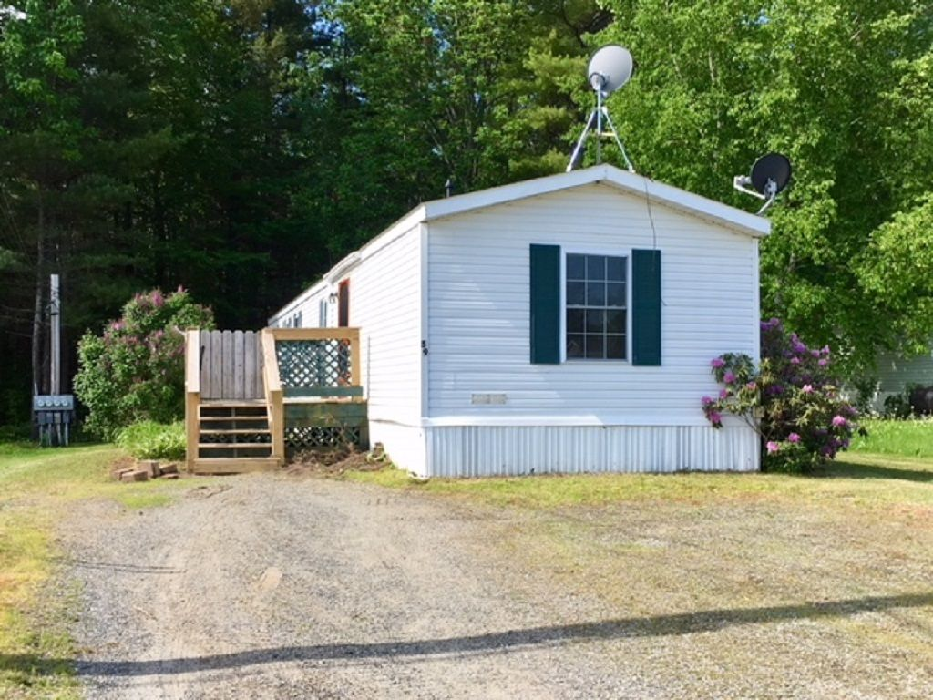 59 VILLAGE GREEN Waterville ME 04901 id-1614389 homes for sale