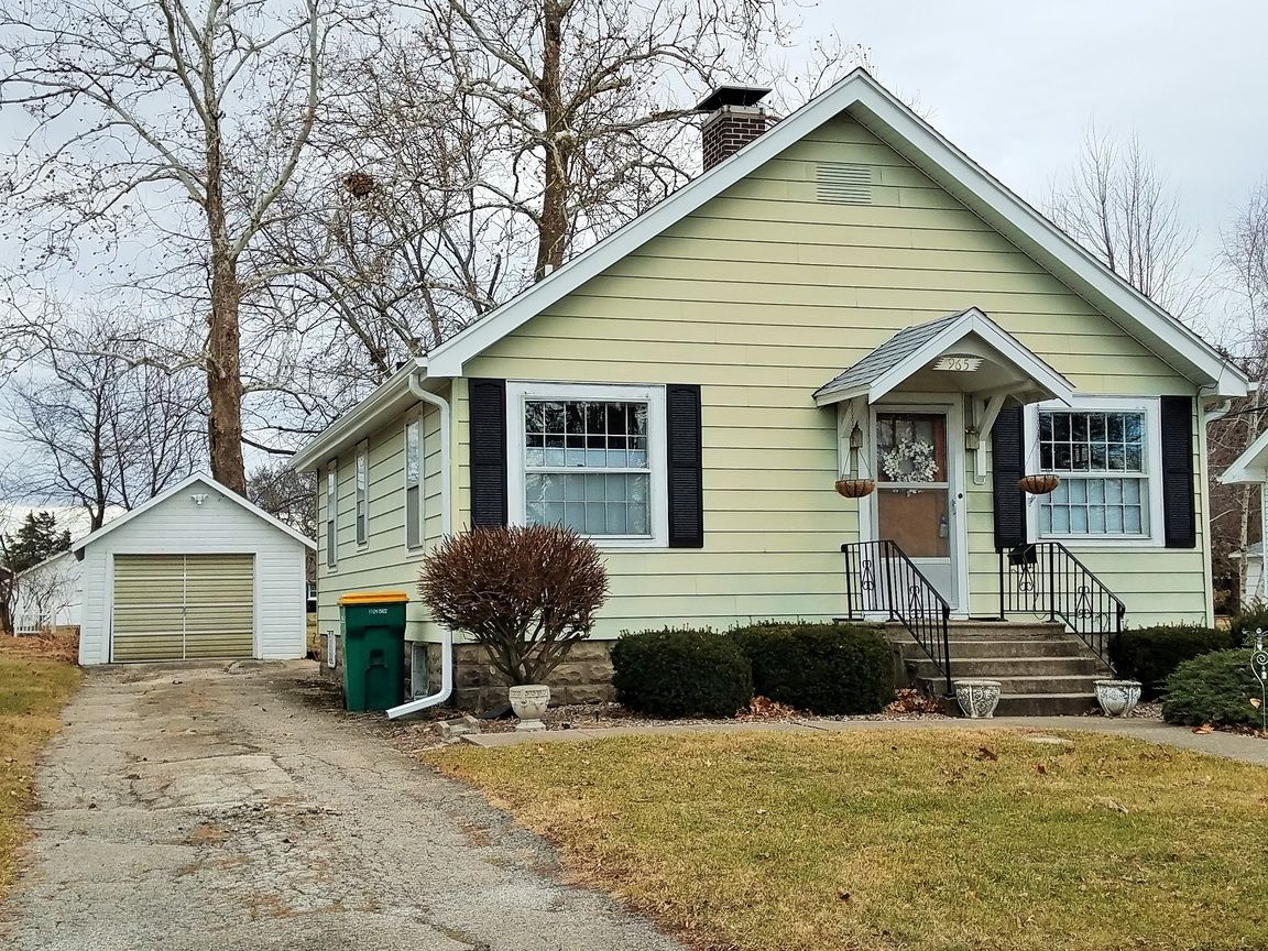 965 FLORENCE AVE Galesburg IL 61401 id-360731 homes for sale
