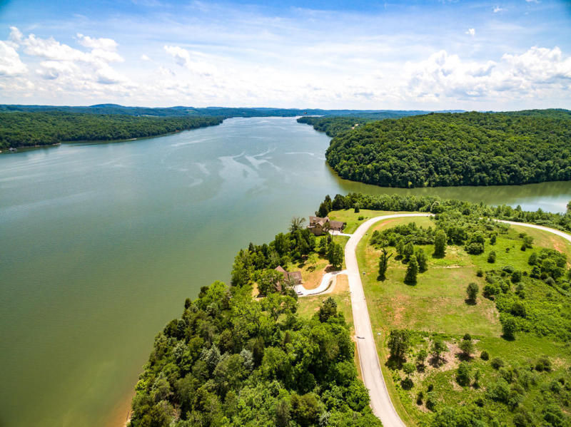 109 DOCKS OF THE BAY DRIVE Harriman TN 37748 id-527148 homes for sale