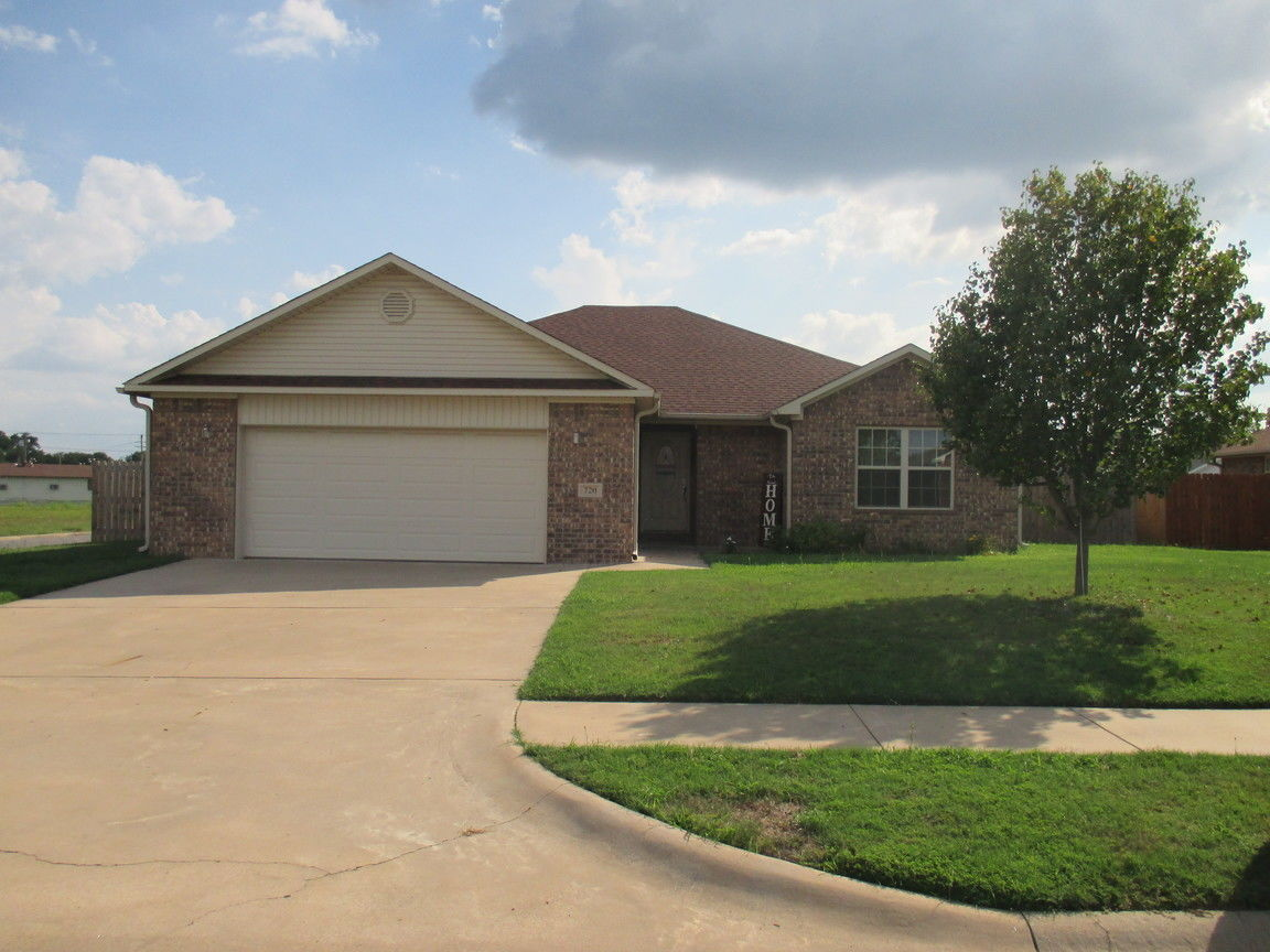 720 MULBERRY DRIVE Clarksville AR 72830 Id 911414 Homes For Sale