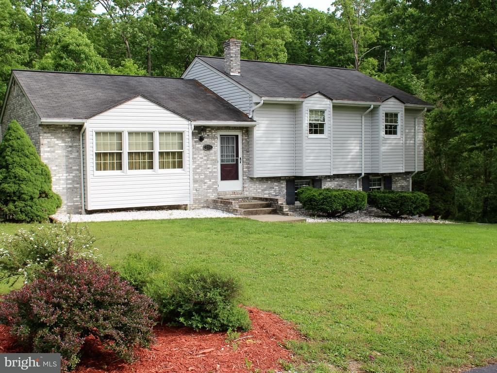 259 LEON DR Fort Ashby WV 26719 id-450922 homes for sale
