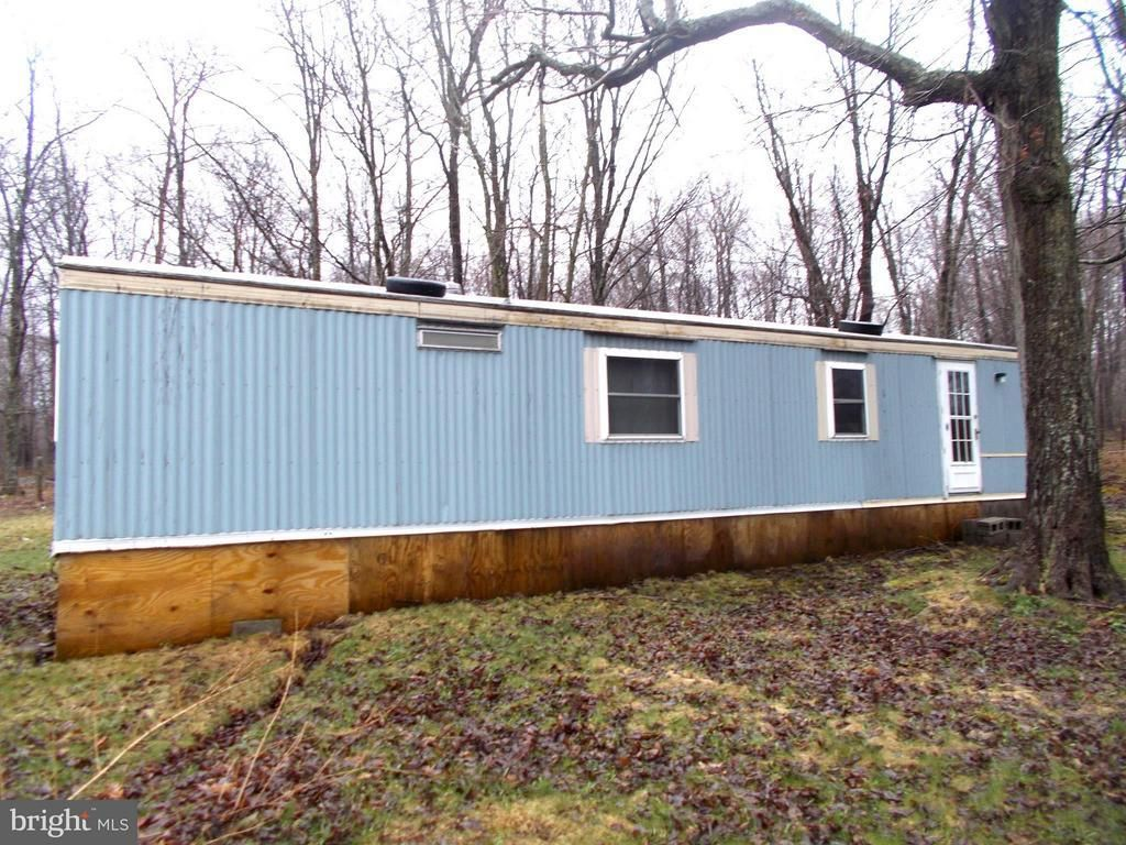 16860 NW TURNPIKE ROUTE 50 Mount Storm WV 26739 id-450840 homes for sale