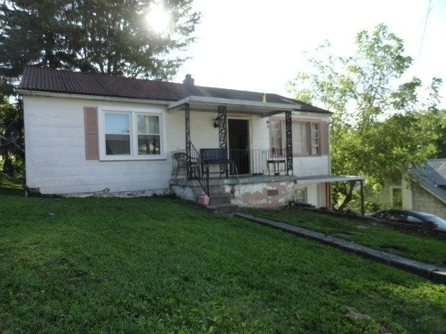 200 ELM Bluefield WV 24701 id-342988 homes for sale