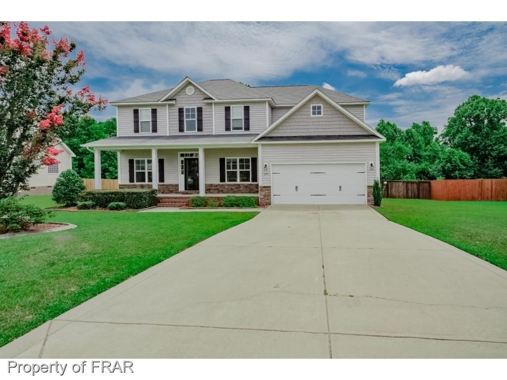 Homes For Sale In The Neighborhood Of Brownstone Farms In Raeford