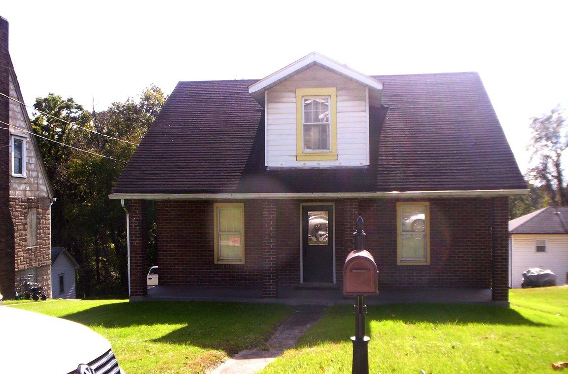 136 FRANKLIN AVE Weirton WV 26062 id-1784341 homes for sale