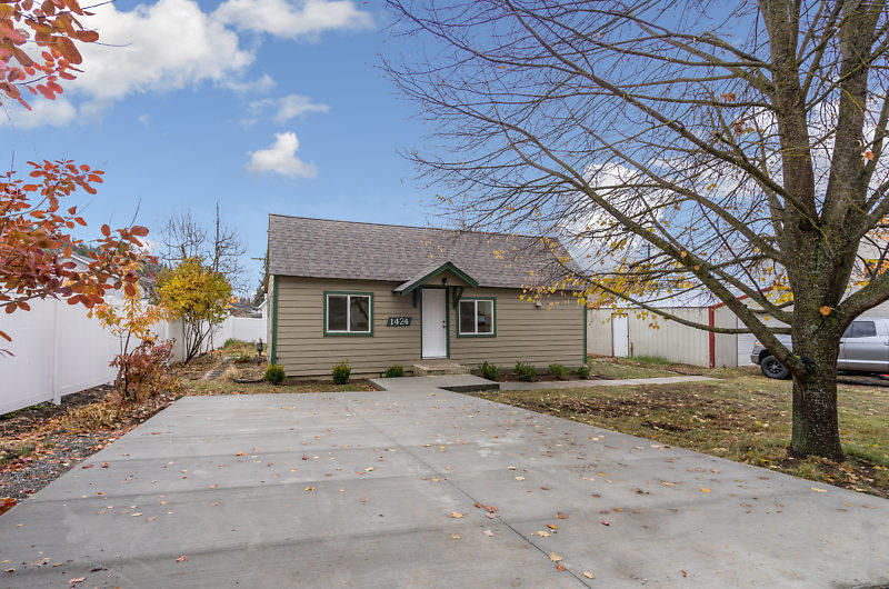 1424 E STINER AVE Coeur D'alene ID 83815 id-1889560 homes for sale