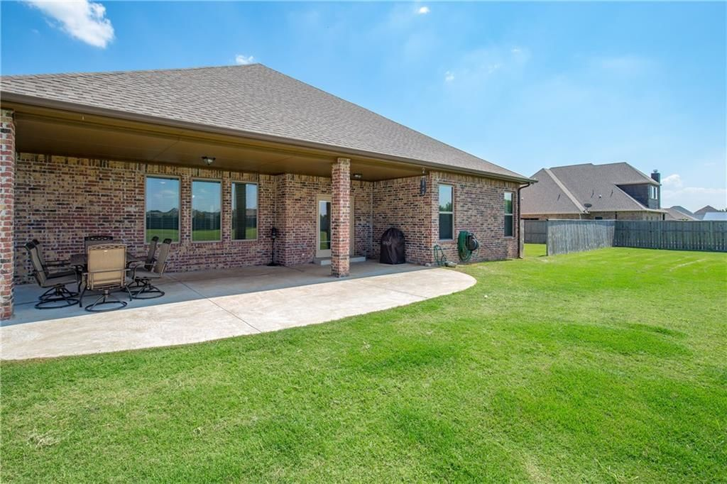 Amazing Piedmont Ok Homes For Sale Real Estate By Homes Com Download Free Architecture Designs Sospemadebymaigaardcom