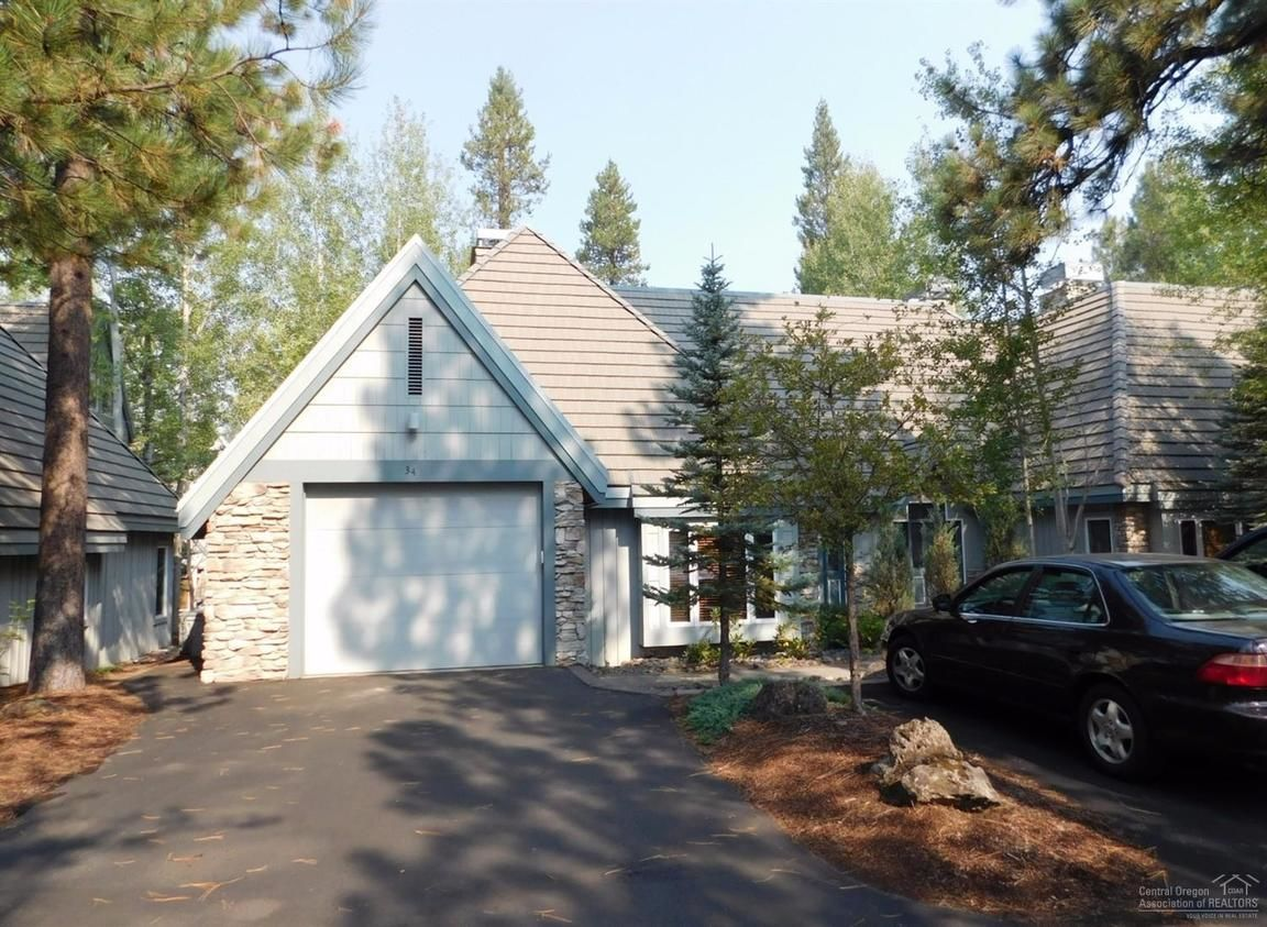 34H STONERIDGE TOWNHOMES UNIT: 34 Sunriver OR 97707 id-646434 homes for sale