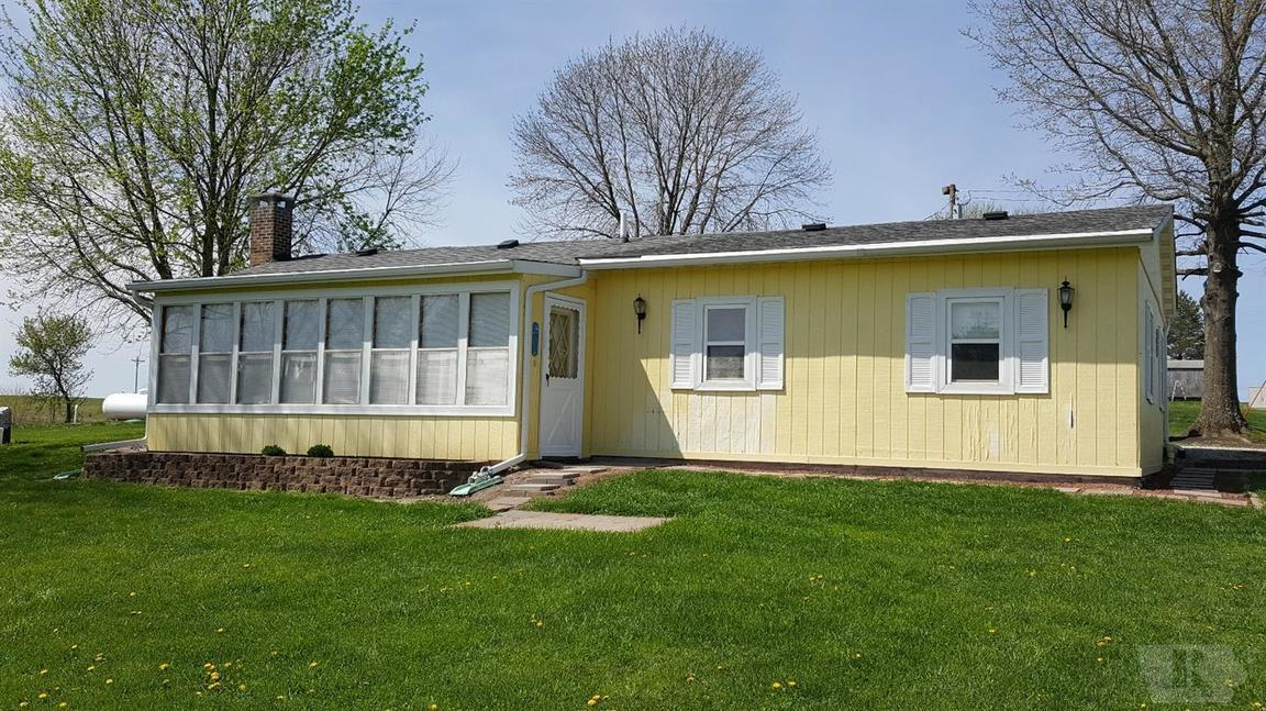 5240 CALVARY TRAIL Melrose IA 52569 id-84053 homes for sale