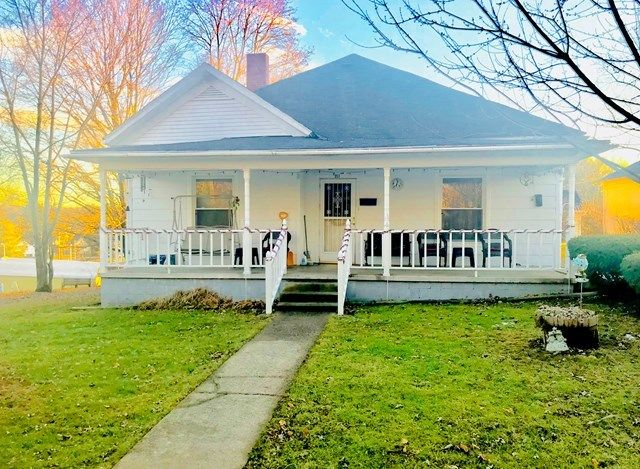 218 BECKLEY AVENUE Beckley WV 25801 id-295382 homes for sale