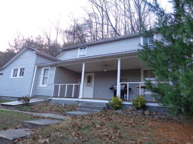 2 THOMAS STREET Auxier KY 41602 id-307124 homes for sale