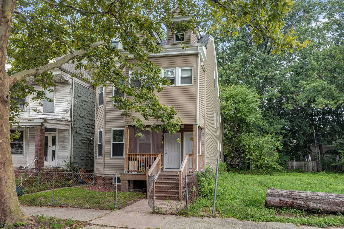 2-Story Multi-Family Home In Greenwood