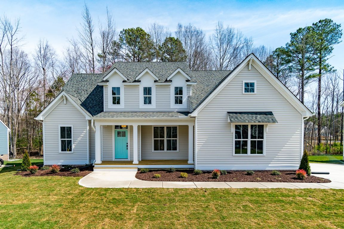 Ready To Build Home In Foxfield Community