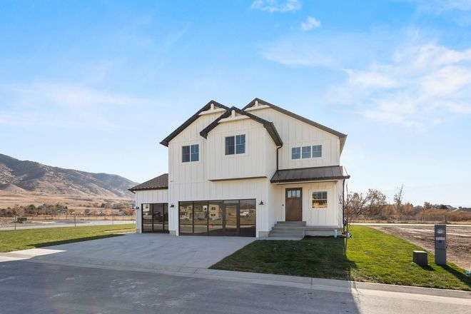 Ready To Build Home In Mount Vista Community