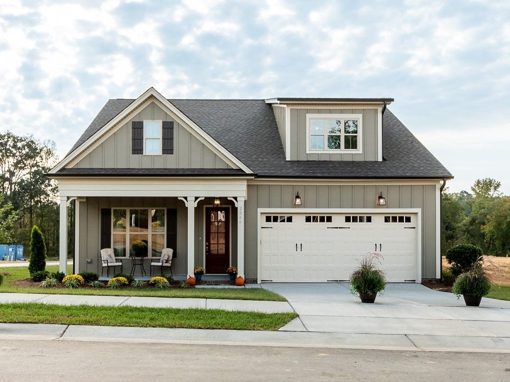 Ready To Build Home In Meadow Bluffs Community