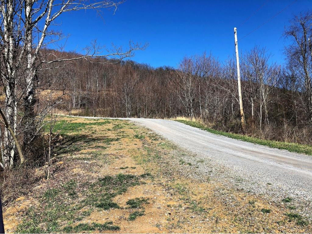 Lot With Mountain Views