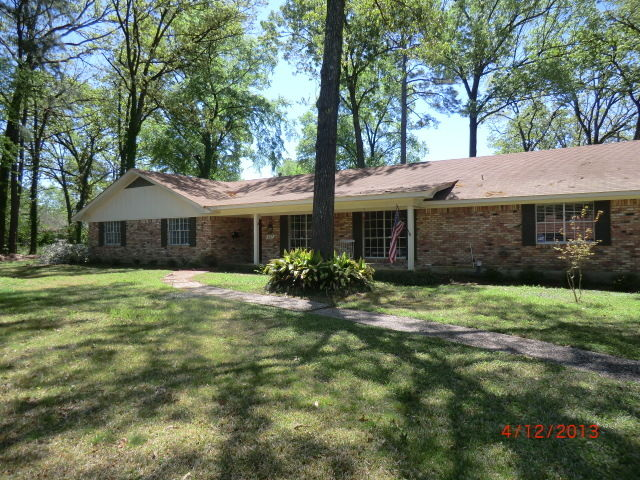 Remodeled 5-Bedroom House In Gladney S Country Club
