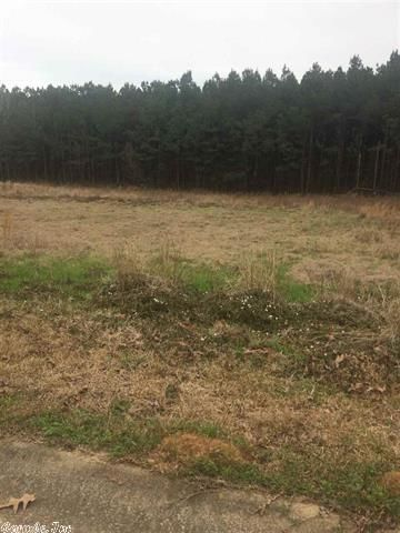 Lot In Willow Brook