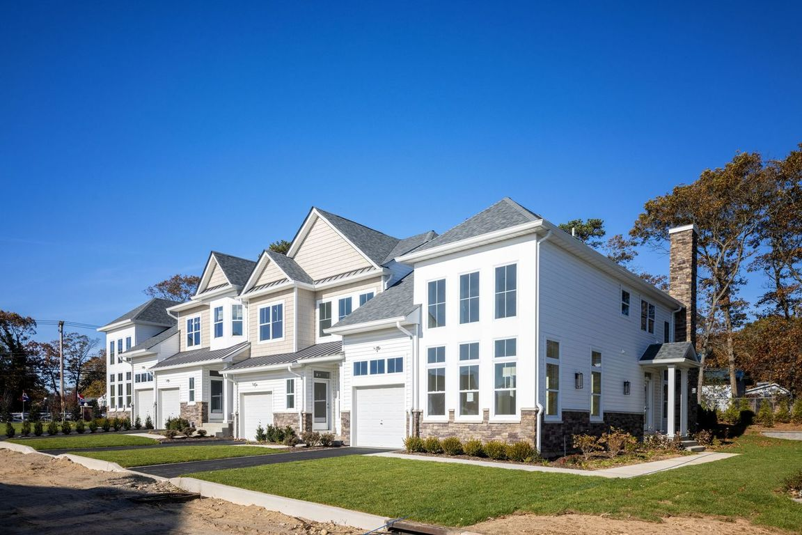 Ready To Build Home In The Polo Club at Islandia Community
