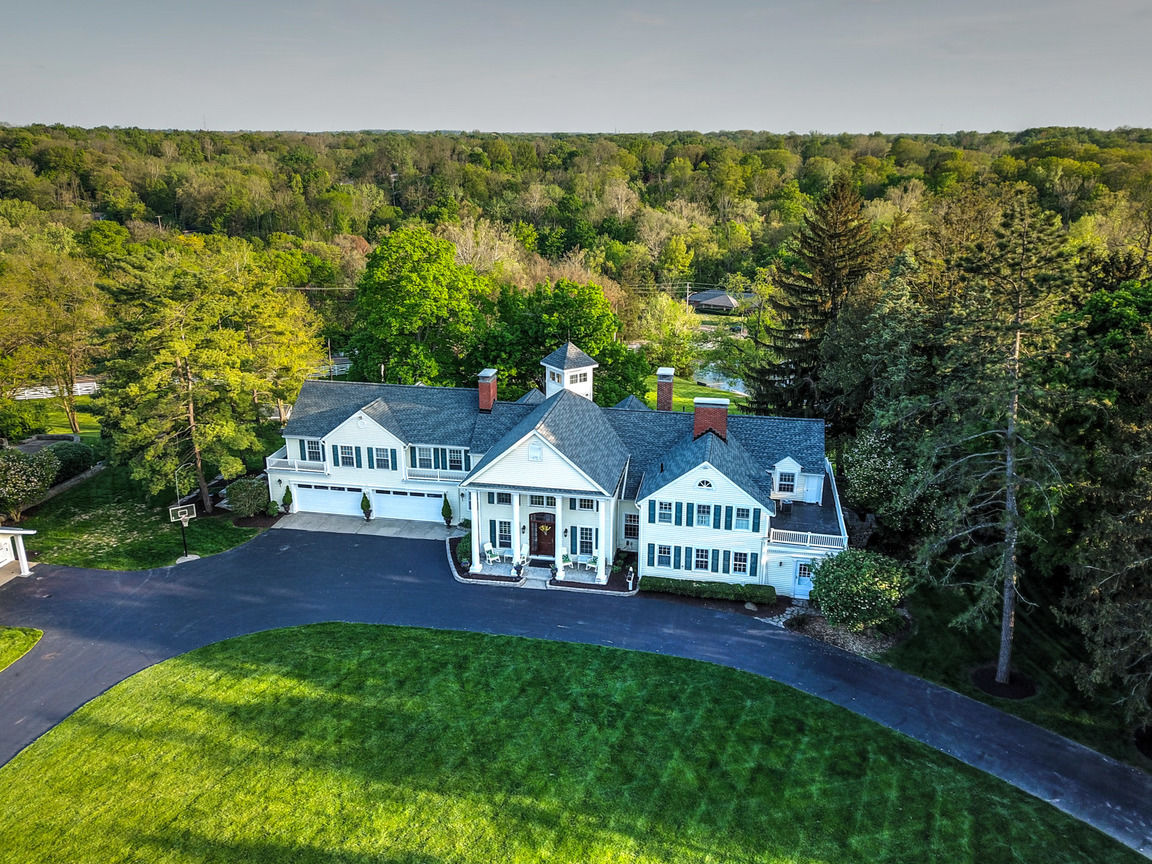 6-Bedroom House In Haven Hill