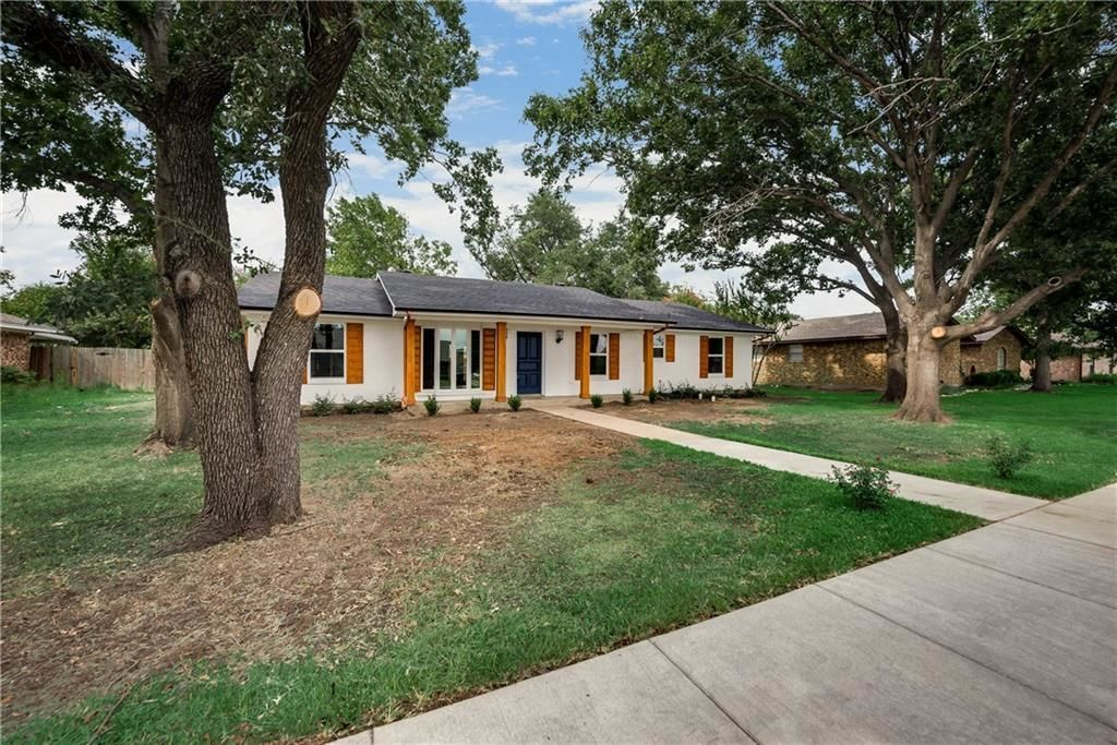 Fabulous 3 Bedroom Houses For Sale In Grand Prairie Tx 75051 Homes Com Complete Home Design Collection Papxelindsey Bellcom