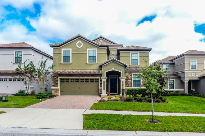 Updated 8-Bedroom House In Championsgate