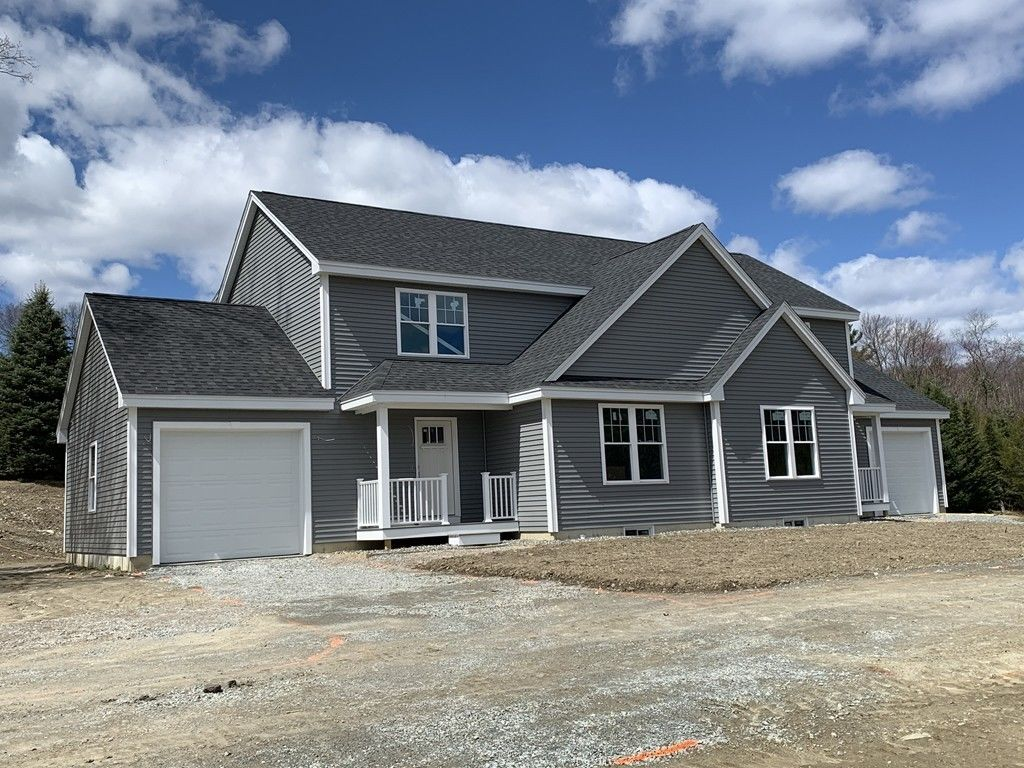 1861 SqFt House In Pepperell