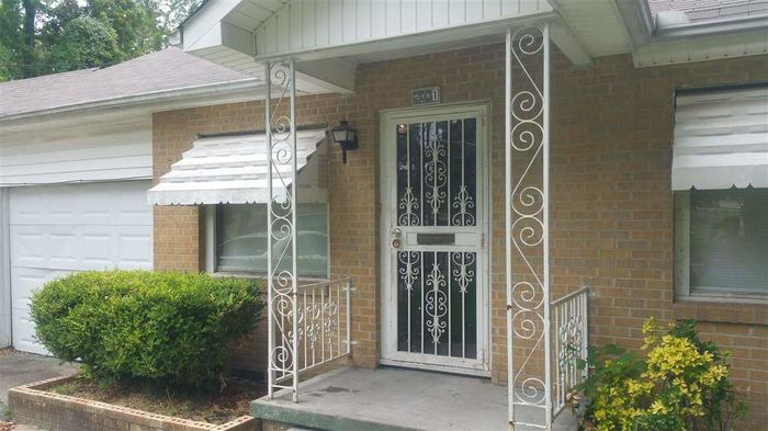 1751 SqFt House In Central Jackson
