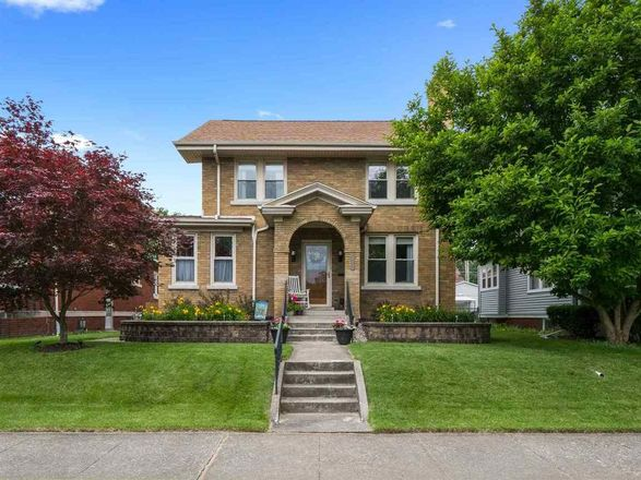 Updated 3-Bedroom House In North Anthony
