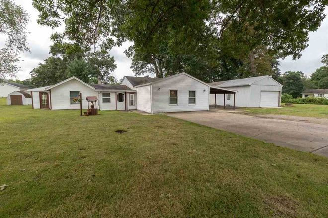 1940 SqFt House In Dixie View