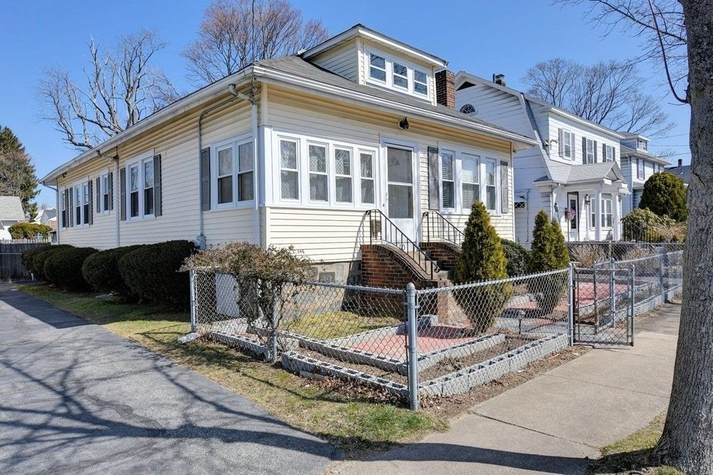 1184 SqFt House In Quincy Point
