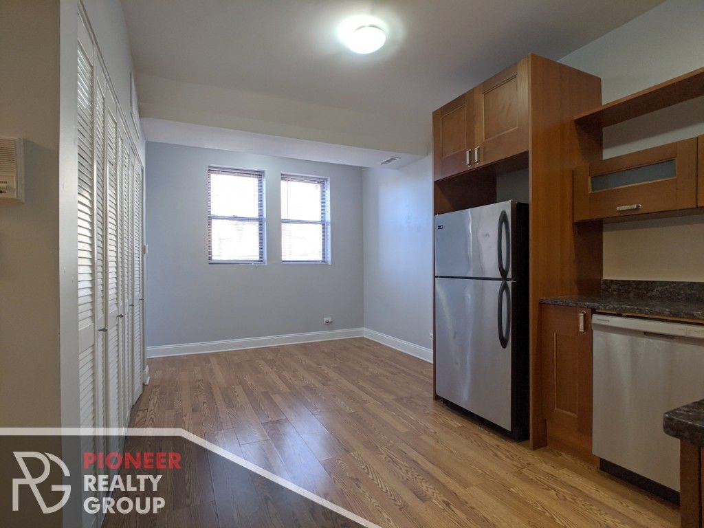 Upscale 1-Bedroom House In East Rogers Park