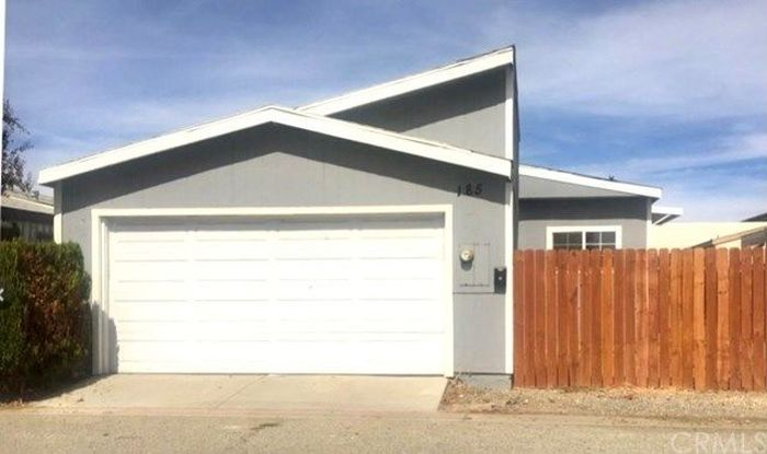 1000 SqFt House In Park Place Mobile Home Park