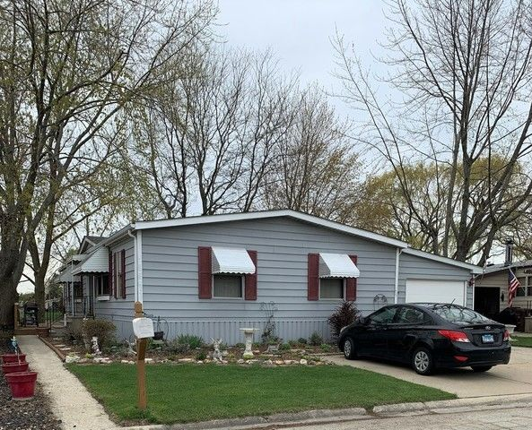 3-Bedroom Mobile Home In Matteson