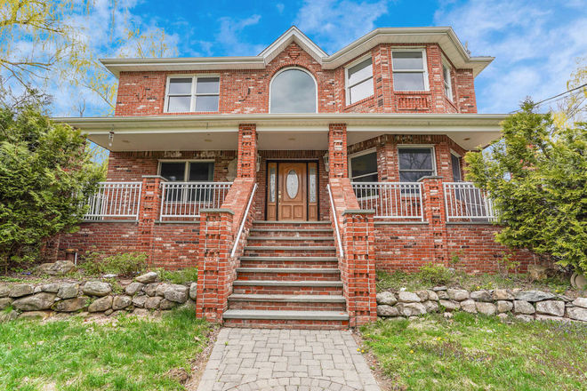 4-Bedroom House In Vernon Township