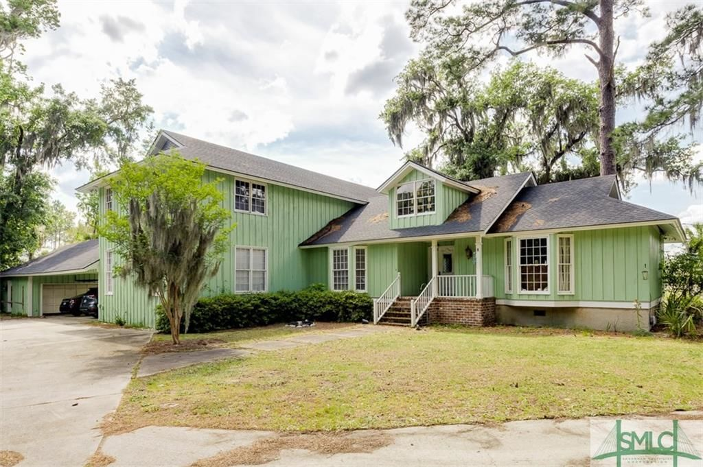 Renovated Riverfront House