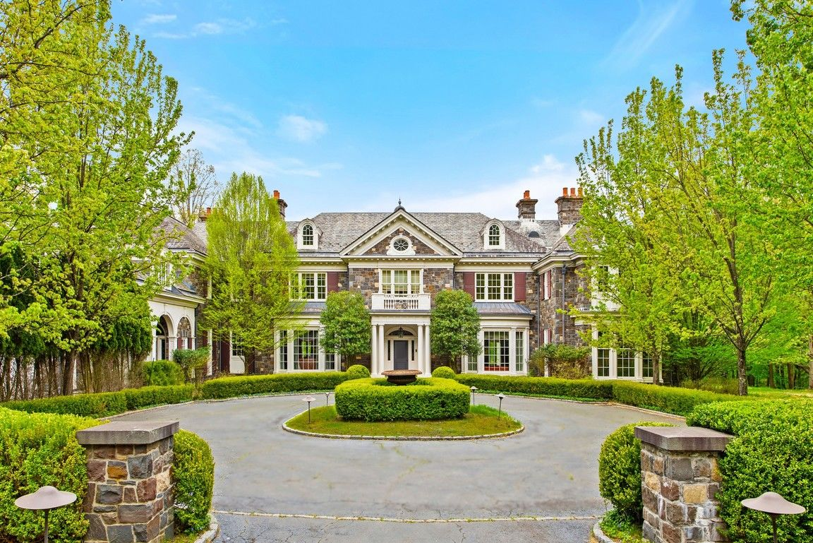 Luxurious Private House