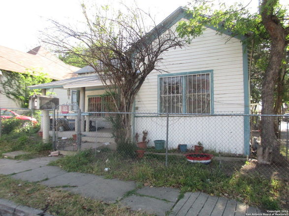 3-Bedroom House In Government Hill