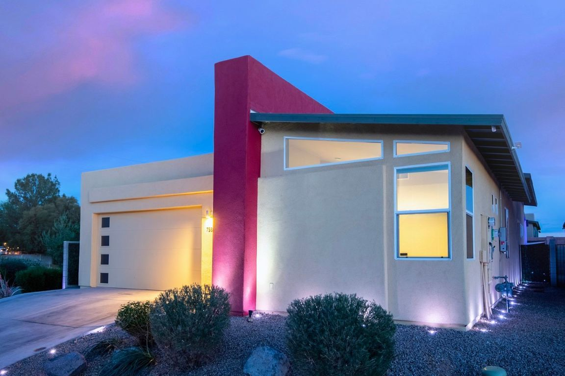 Upgraded 3-Bedroom House In Catalina Foothills
