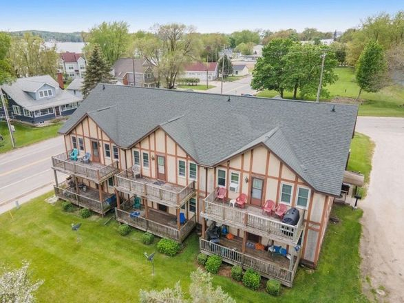 Multi-Family Home In Onekama