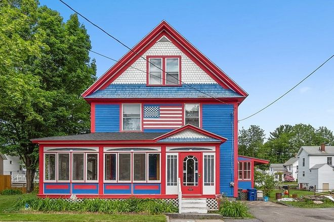 2040 SqFt House In West Leominster