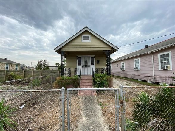 Renovated 2-Bedroom House In Florida Area
