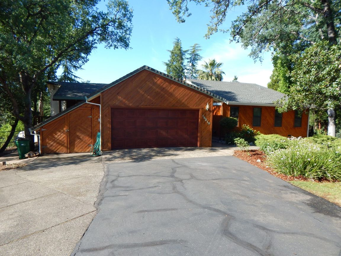 Updated 4-Bedroom House In Grant