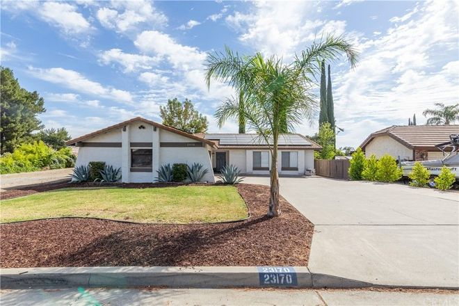 Upgraded 3-Bedroom House In Canyon Lake