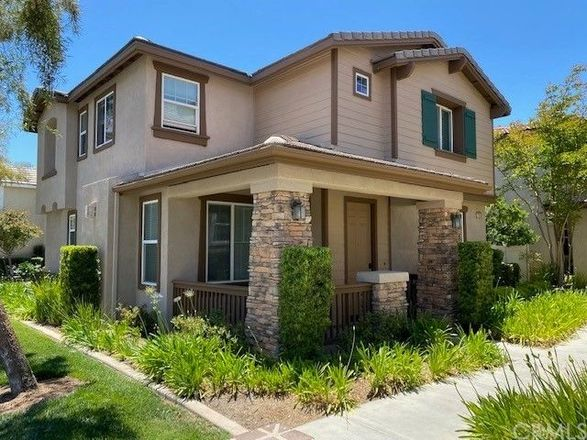 1636 SqFt House In Griffith Place