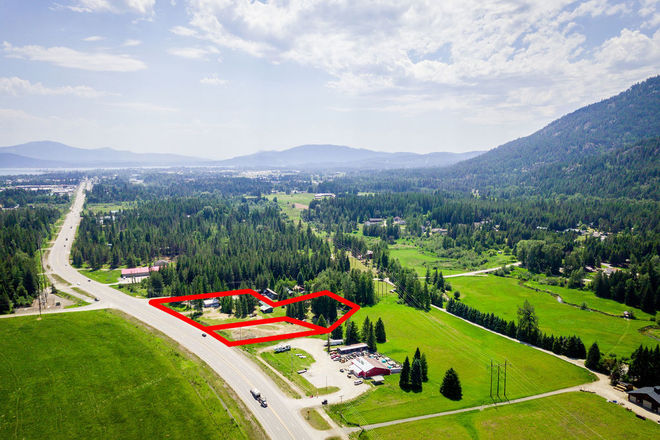 Lot In Sandpoint