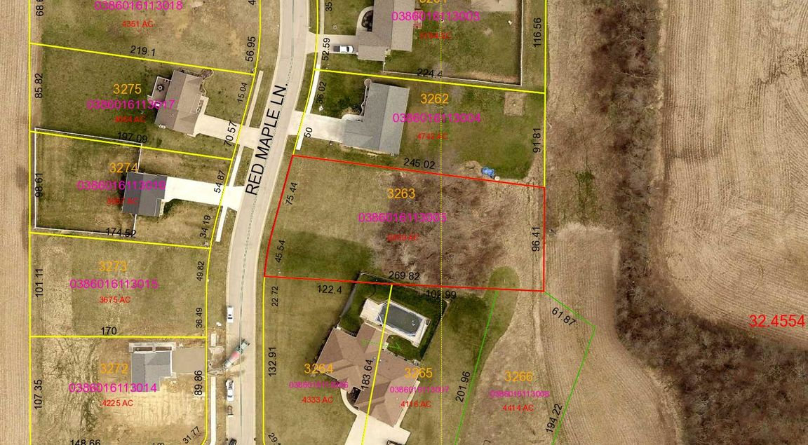 Lot In Red Maple Farms